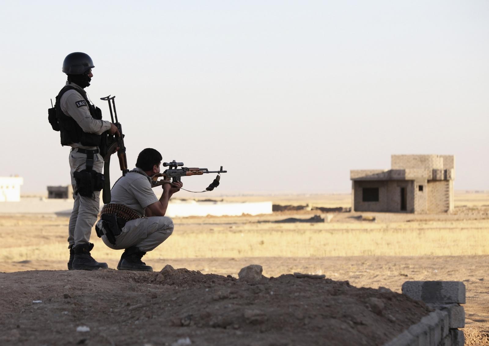 Kurd Iraq Kurdistan Peshmerga