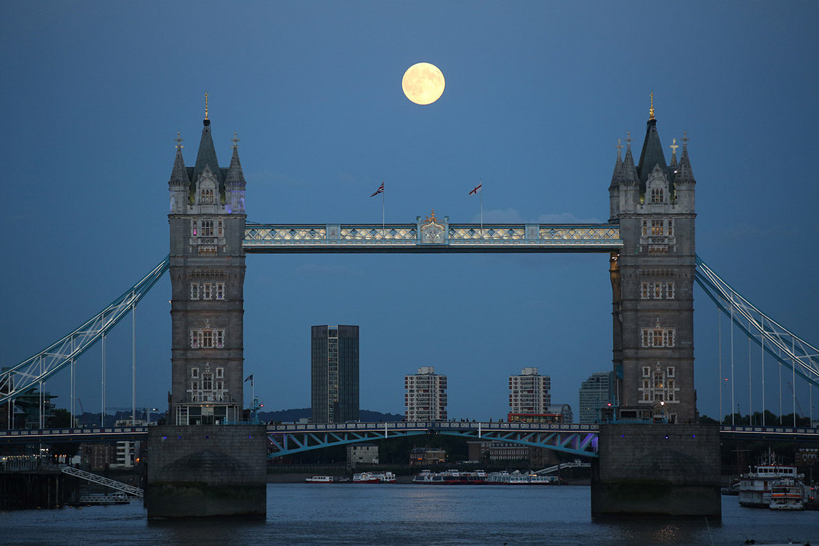 supermoon london