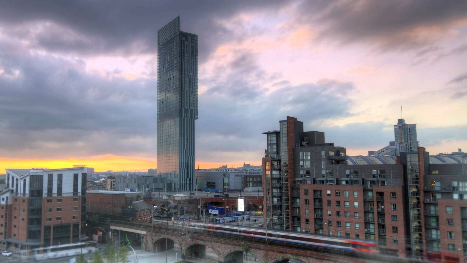 North England Economy: Has Manchester's Regeneration Survived the Financial Crisis?