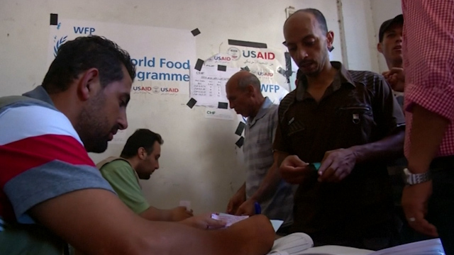 WFP Distributes Food to Neglected Gazans Caught in Conflict
