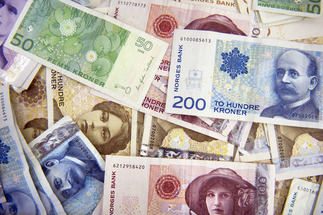 Norwegian Krone Extends Rally on Upbeat Inflation to New Highs vs Euro, Pound and Dollar