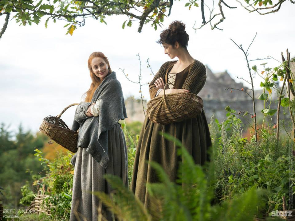 Outlander Episode 2 Castle Leoch Preview And Teasers