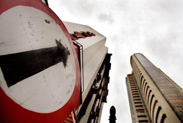 India's Sensex Ends Higher Despite Downbeat Data