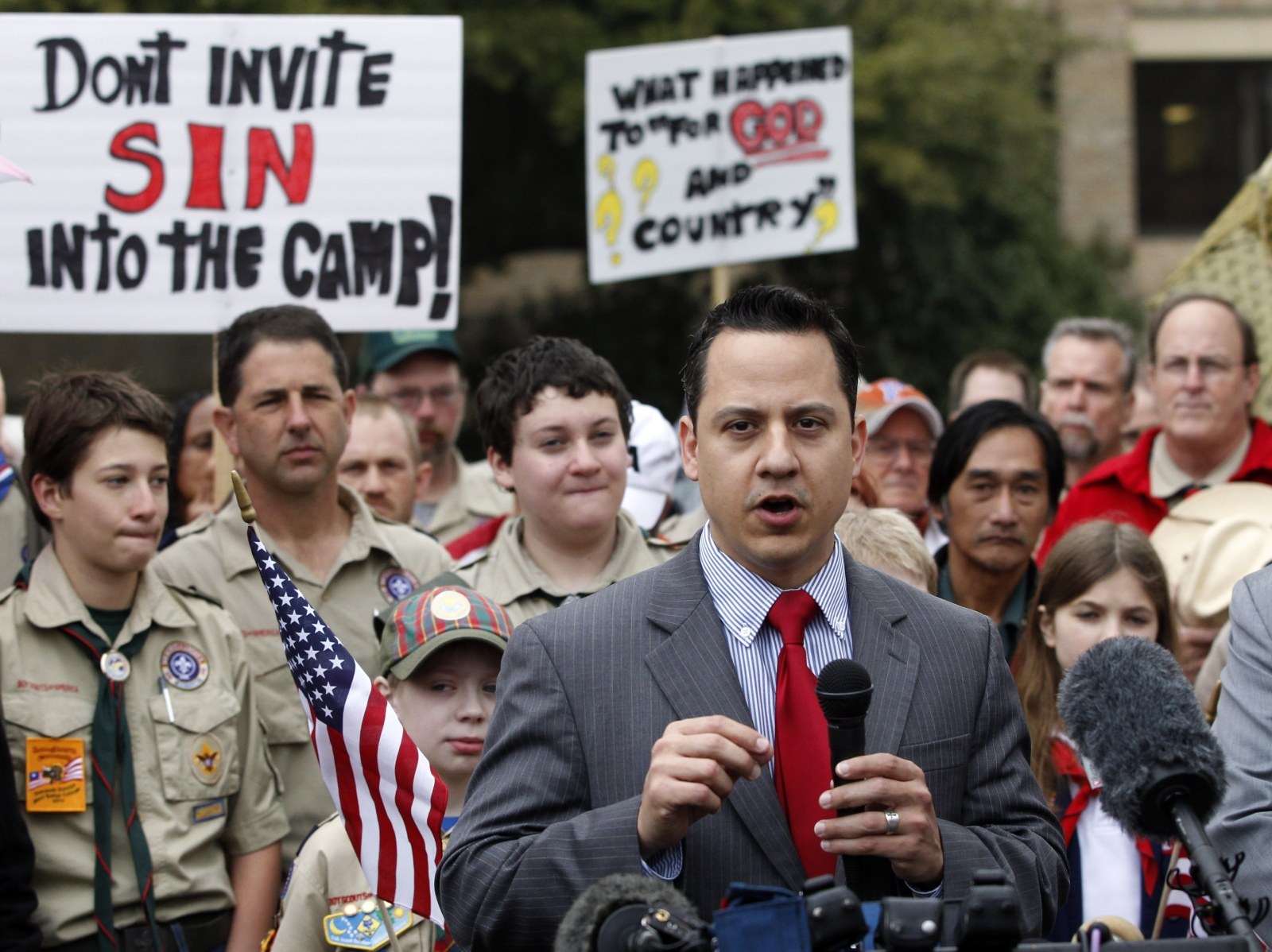 Anti-gay group leader Jonathan Saenz's wife has left him for another woman