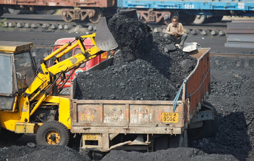 India's Supreme Court Scraps Most Coal Mine Permits Awarded Since 1993