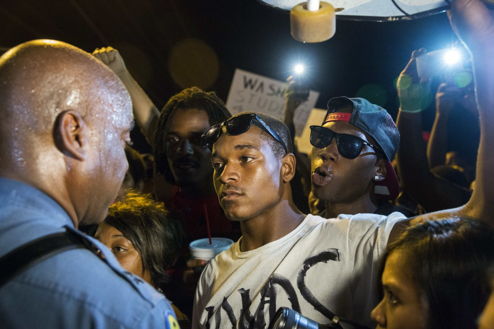 Missouri Shooting: State Police Take Charge as Ferguson Turns Into a 'War Zone'