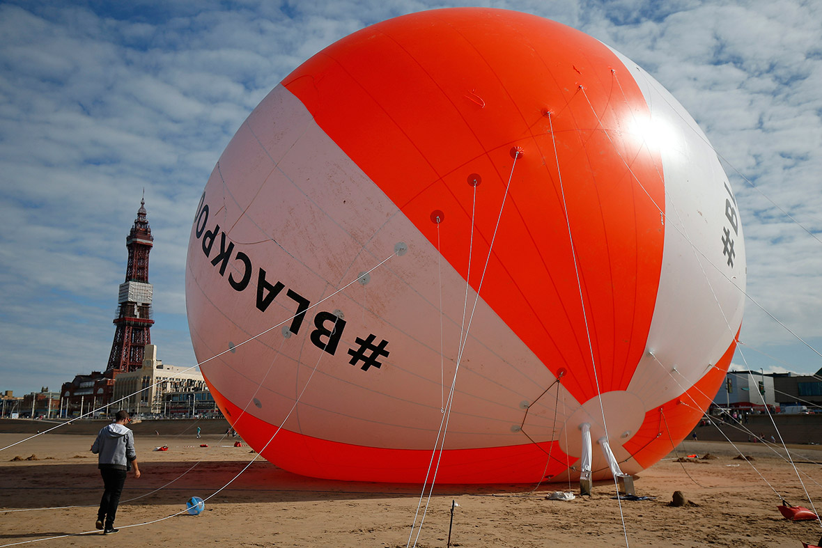 blackpool beachball