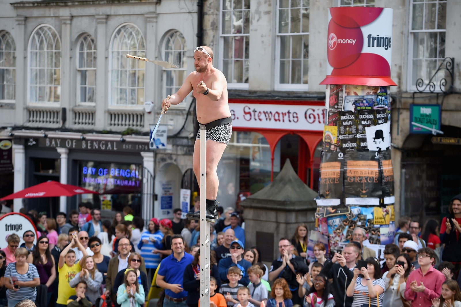 Edinburgh Fringe Juggler