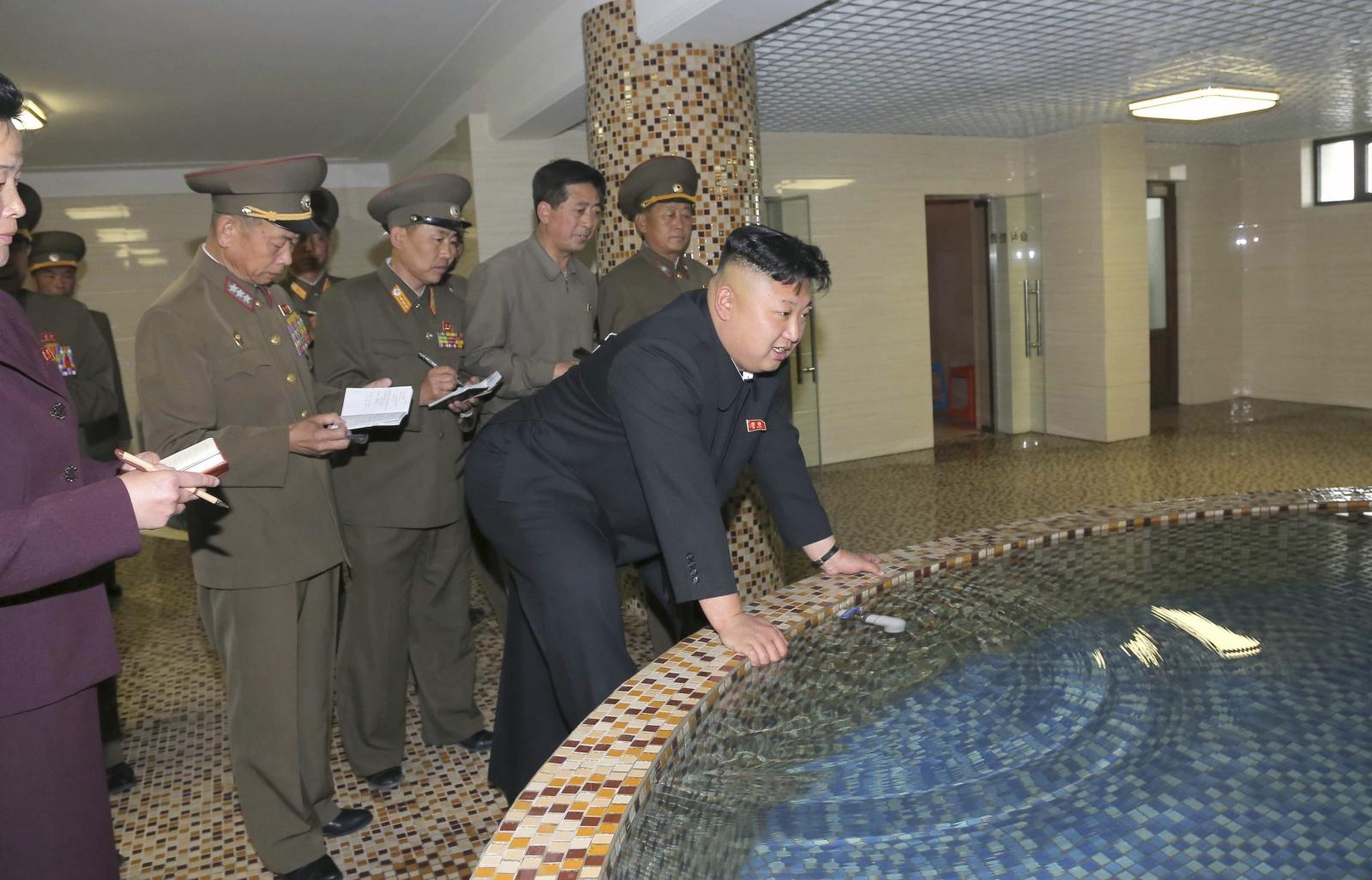 Kim Jong Un at the Pyongyang Textile Mill