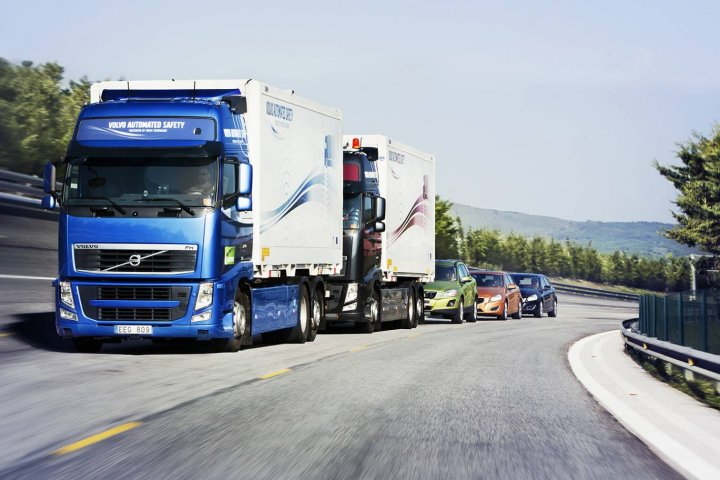 volvo lorry road train