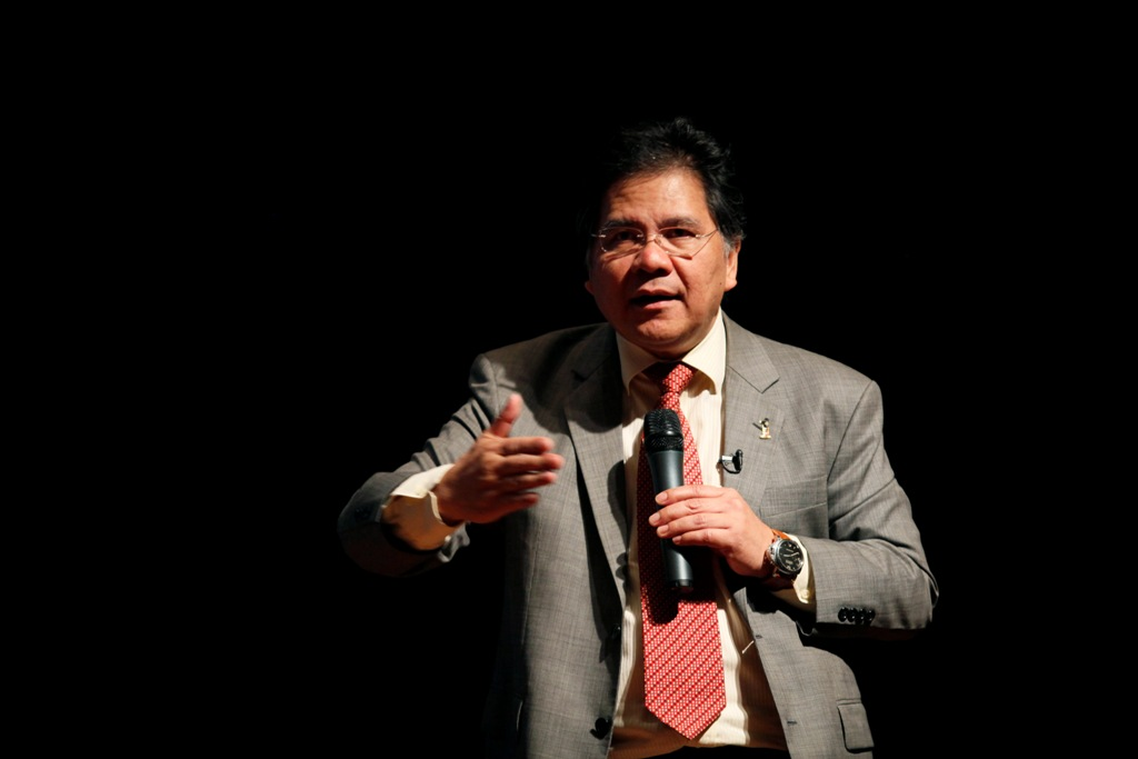 Malaysia May Ask Top Policymaker Idris Jala to Steer Troubled Malaysia Airlines