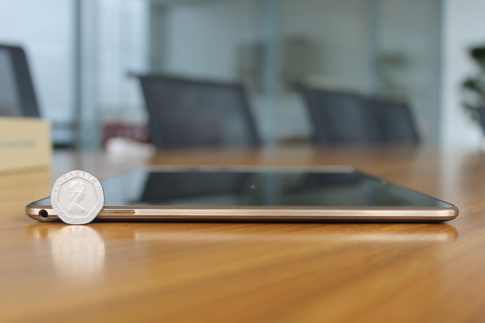 Samsung Galaxy Tab S design