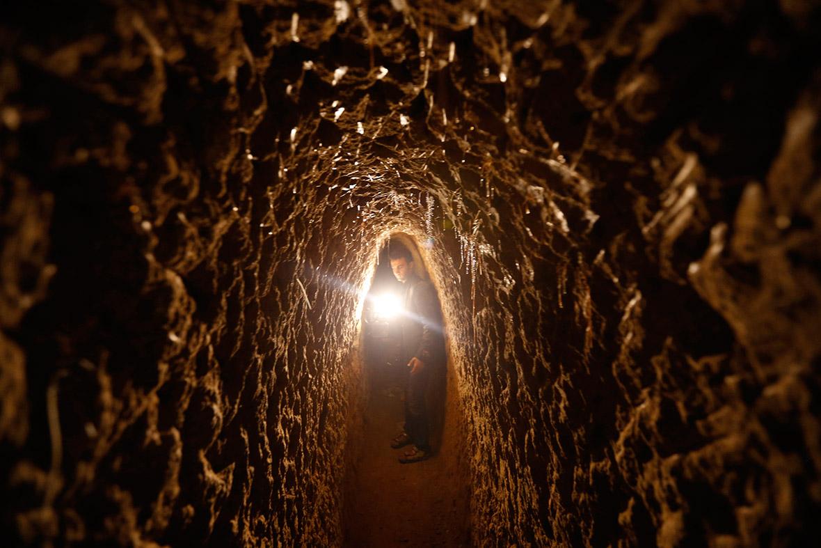 Yemen tunnel