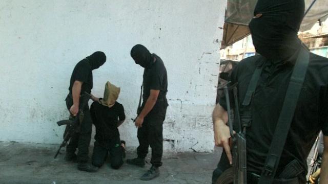 Hamas Gunmen Execute 18 'Collaborators' in Gaza