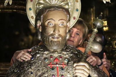 merkel statue jesus