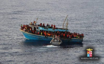 Italian navy migrants
