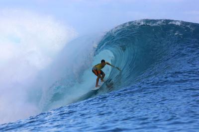 Billabong Pro Tahiti 2014 surfing