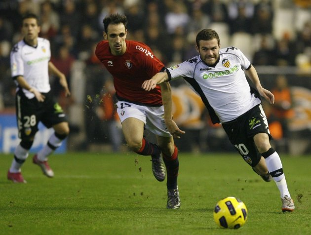 Juanfran and Juan Mata