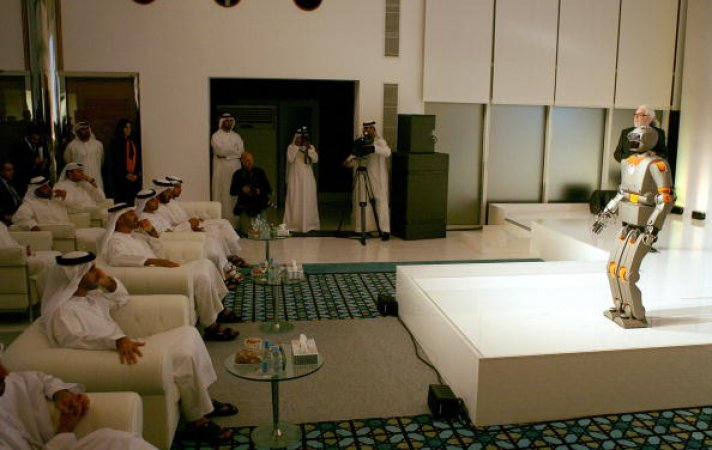 Robots in UAE