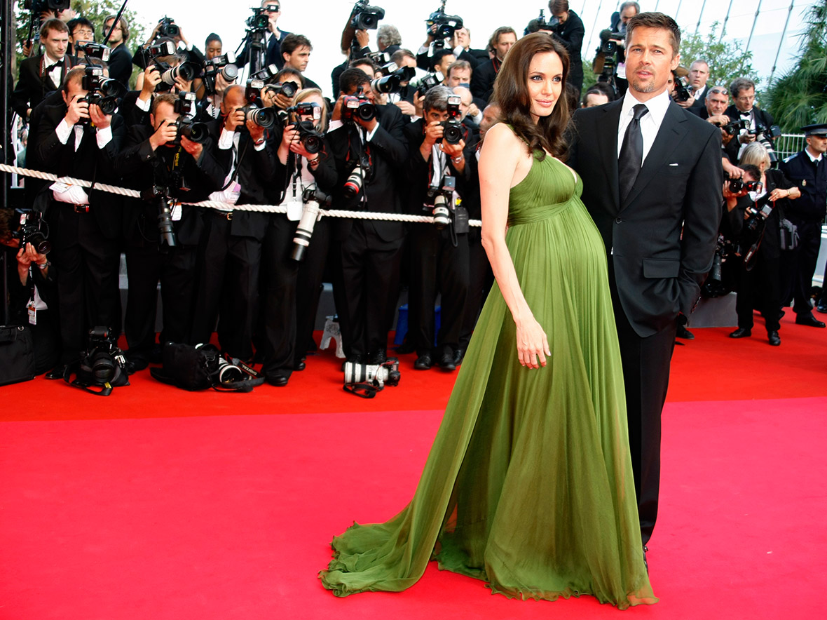 to wear - Brad and angelina pitt wedding pictures photo video