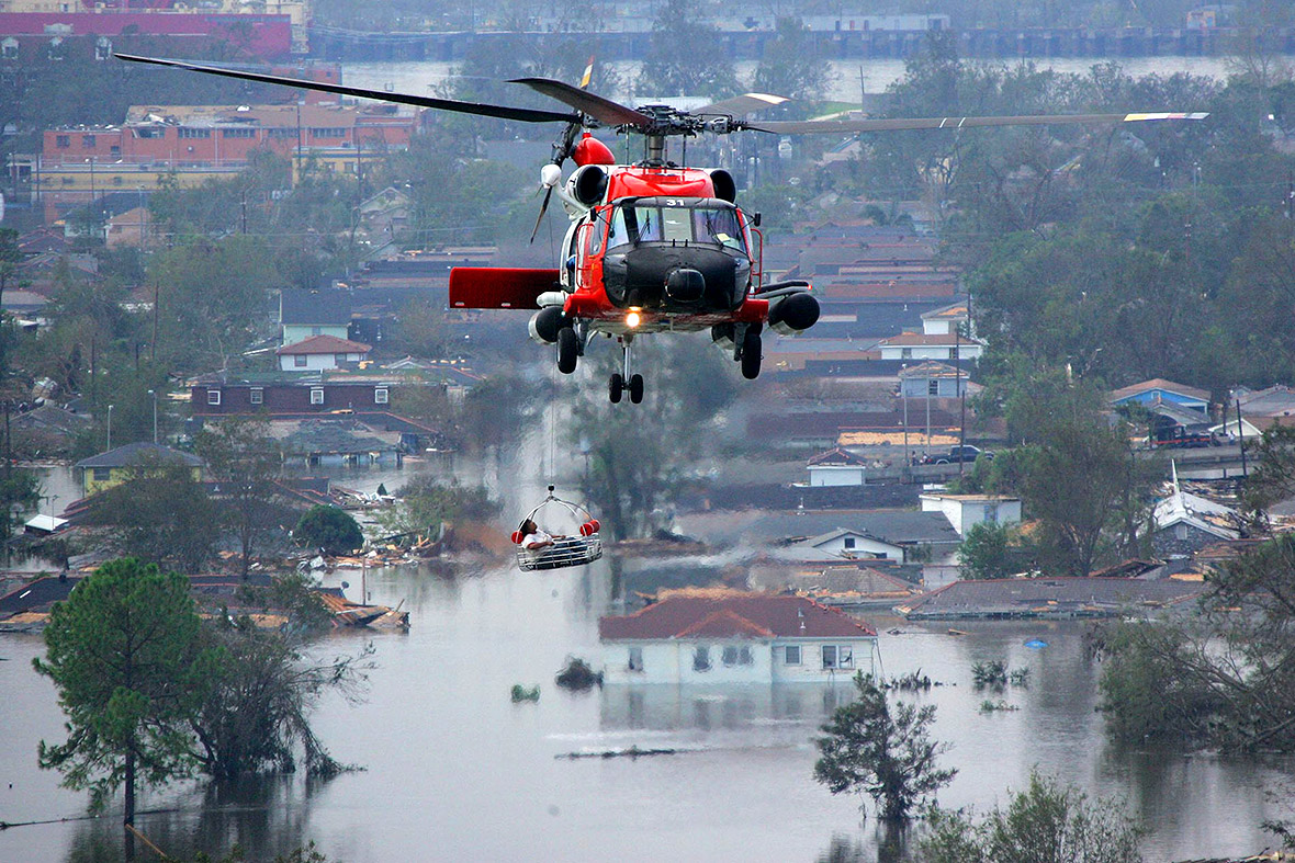 Hurricane Katrina Powerful Photos Of The Storm That