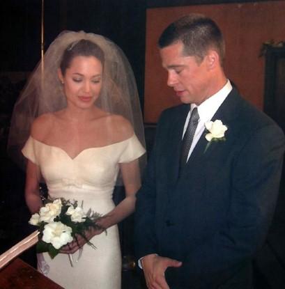 Angelina Jolie and Brad Pitt Wedding: What Did the New Mrs ... брэд питт и анджелина джоли