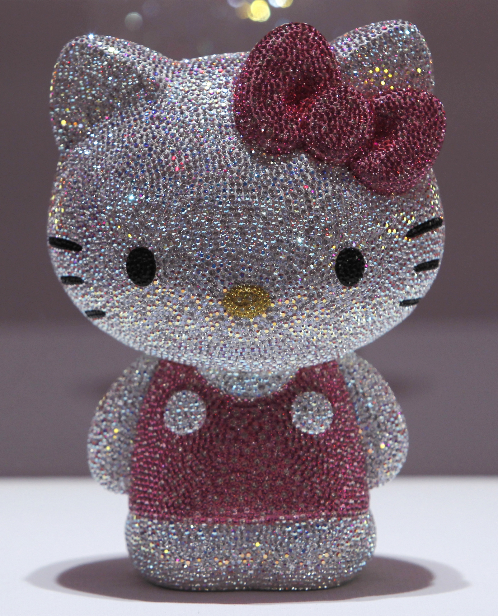 Hello Kitty figurine
