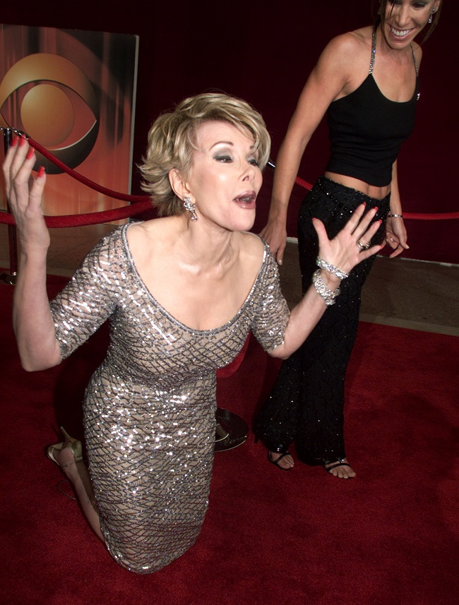 US Website Reports Joan Rivers to be taken Off Life Support