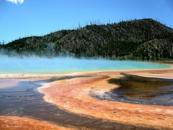 The Grand Prismatic Spring in Yellowstone Park
