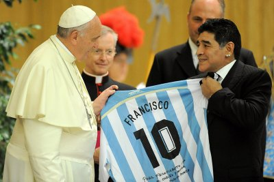 maradona pope