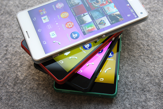 Sony Xperia Z3 Compact: Alleged Press Photos Leaked Ahead of Smartphone Release