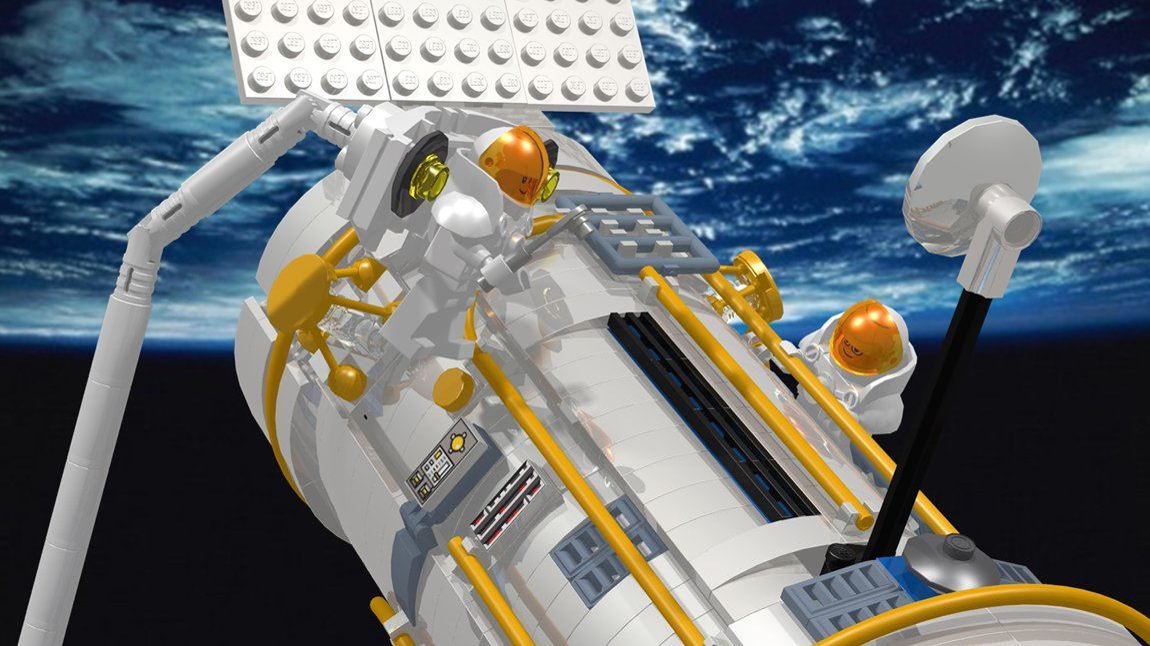 LEGO Hubble Telescope 1