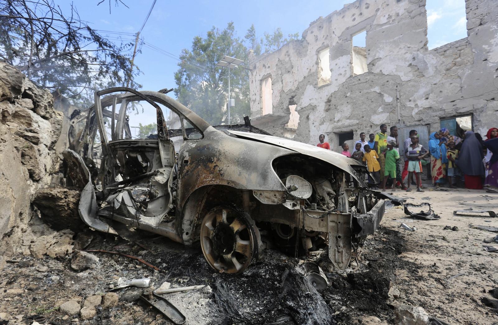 US airstrikes in Somalia against al-Shahab militants kills top leader