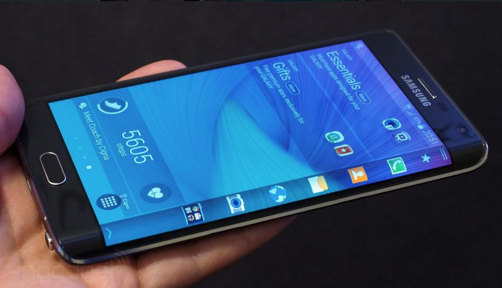 samsung galaxy edge launched with folding screen. Black Bedroom Furniture Sets. Home Design Ideas