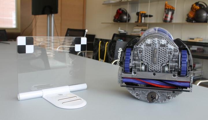 dyson 360 eye docking station