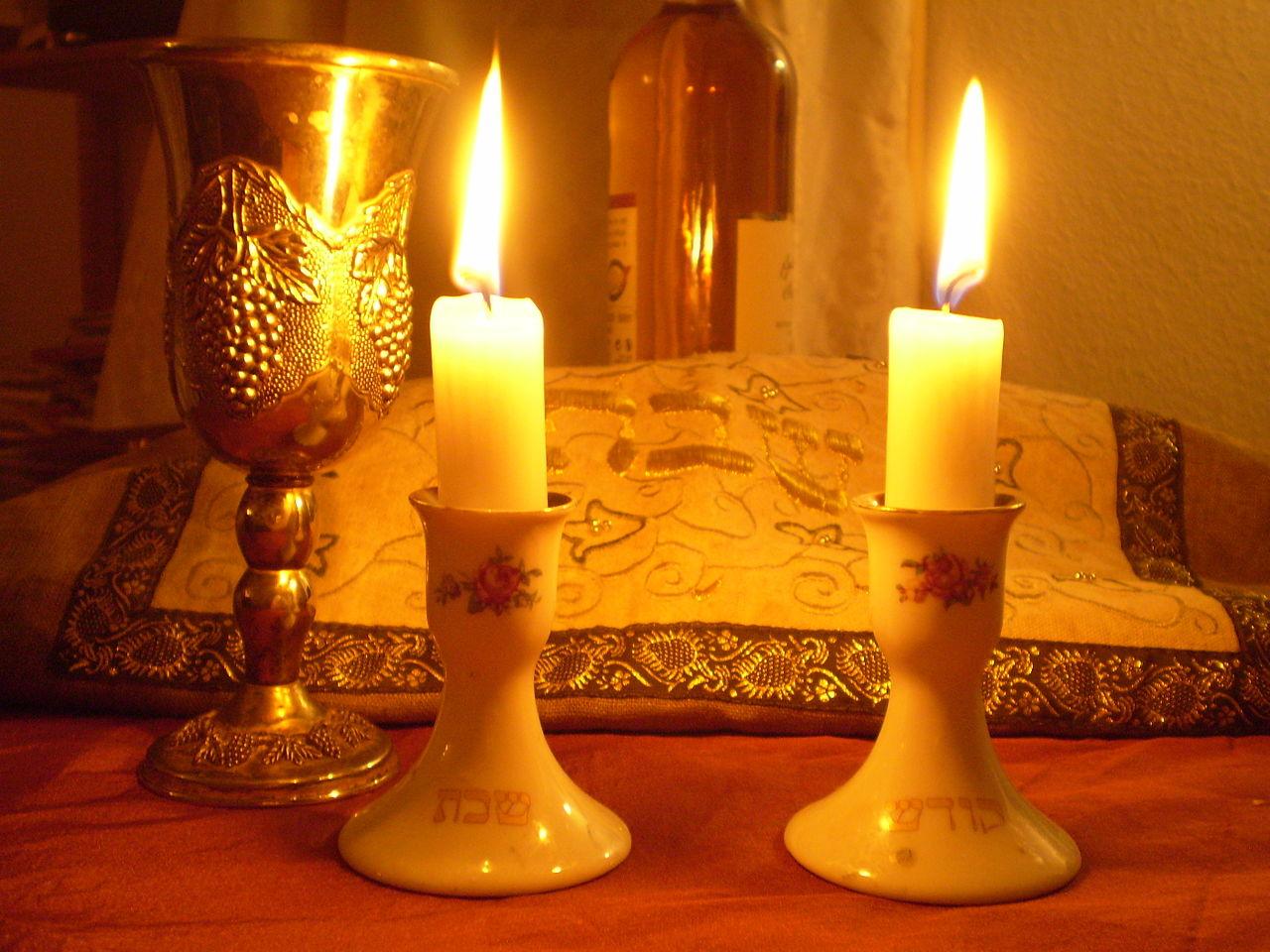 Shabbat dinner candles