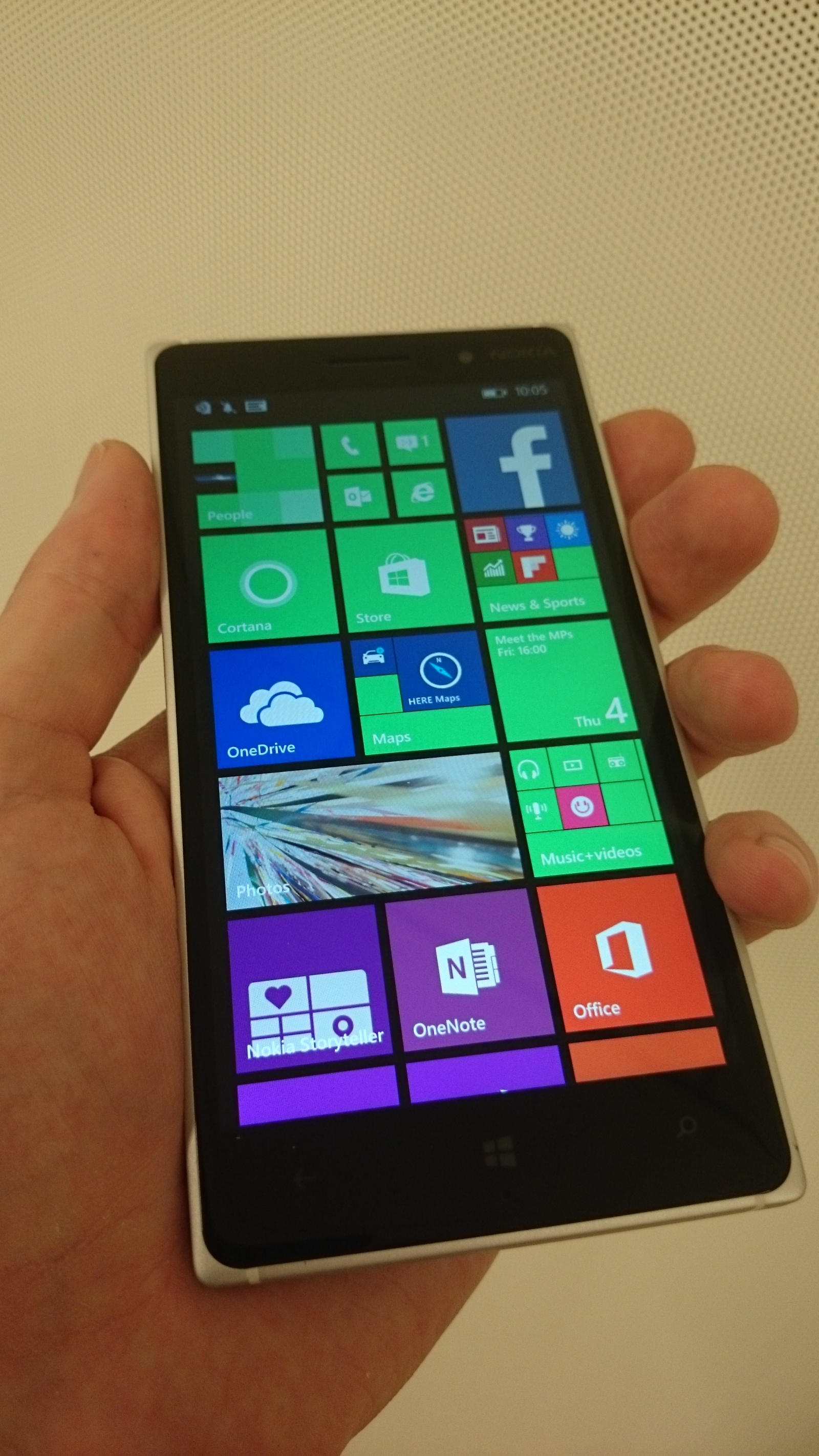 Nokia Lumia 830 hands on