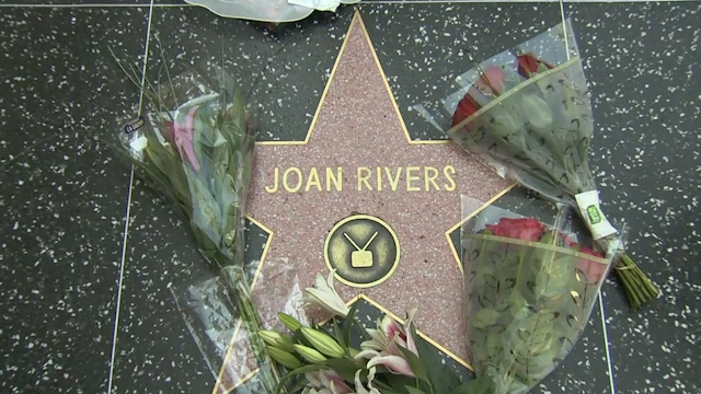 Fans Pay Tribute to Joan Rivers