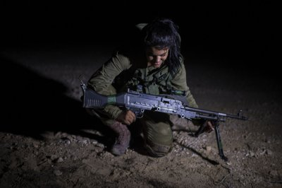 Israeli Female Soldiers 2
