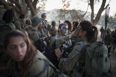 Israeli Female Soldiers 5