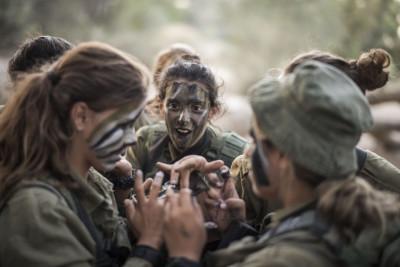 Israeli Female Soldiers 7