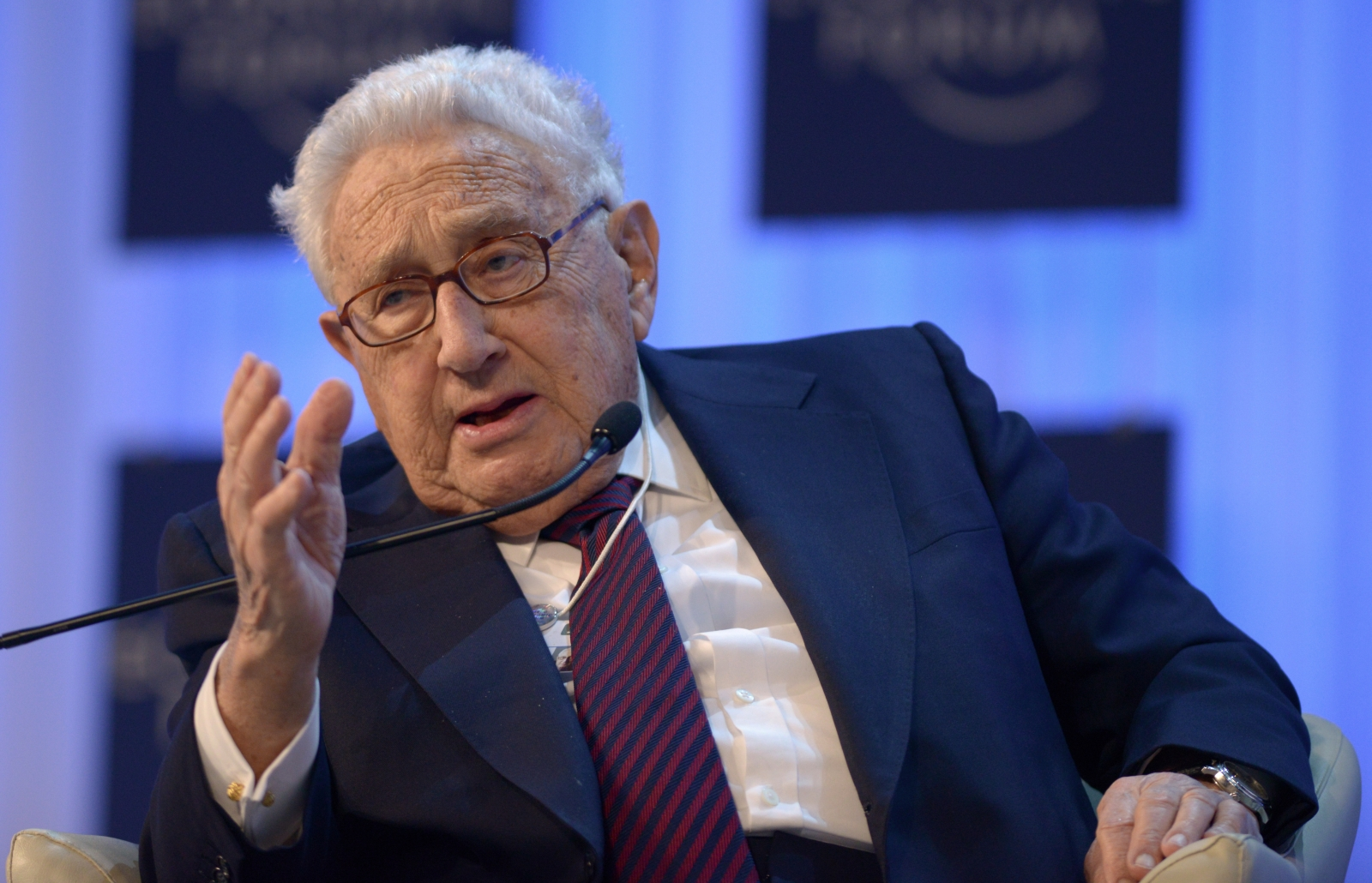 Kissinger urges stronger military response to Isis militants. (Getty)