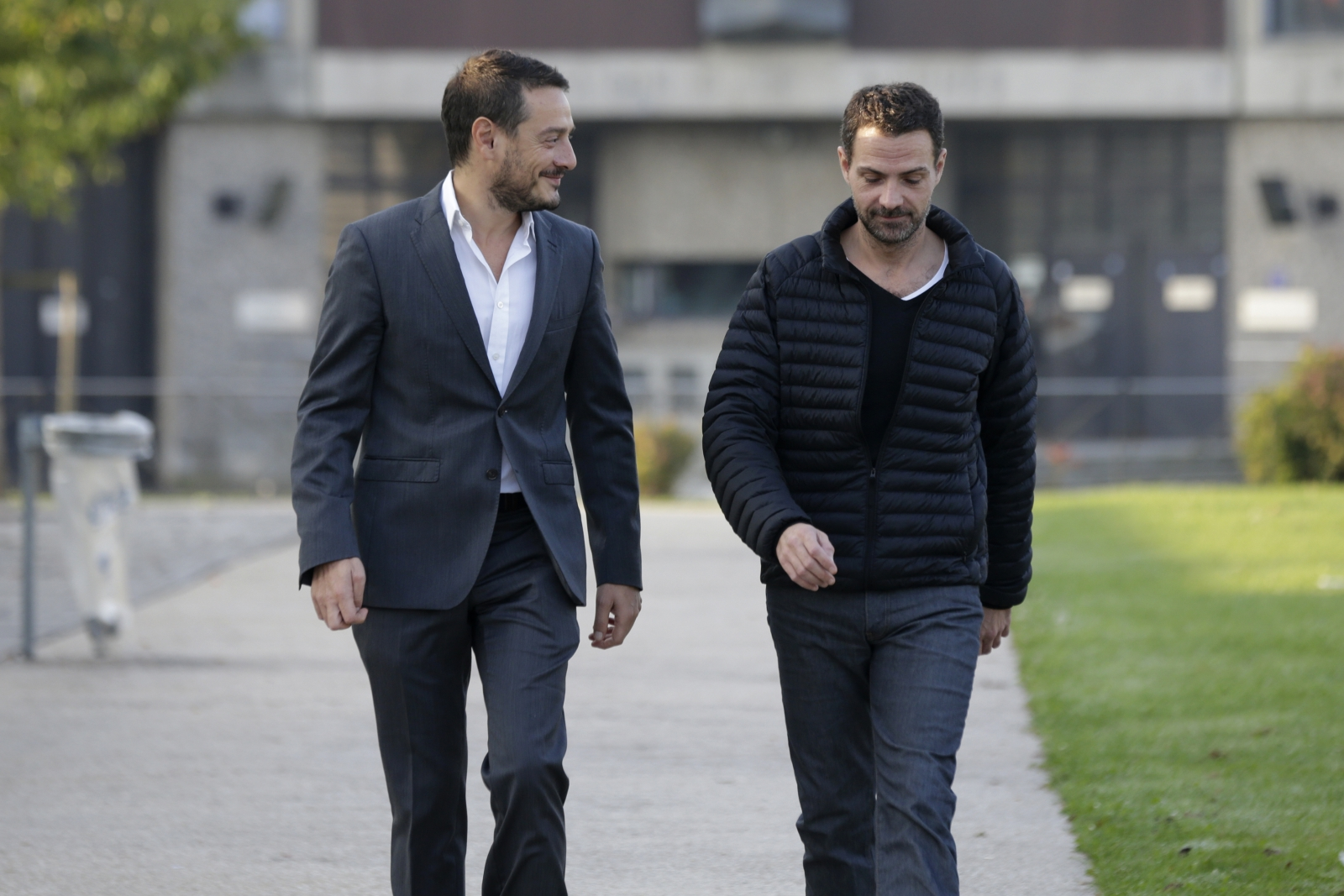 ormer French trader Jerome Kerviel (R) and his lawyer David Koubbi leave the Fleury-Merogis prison near Paris September 8, 2014