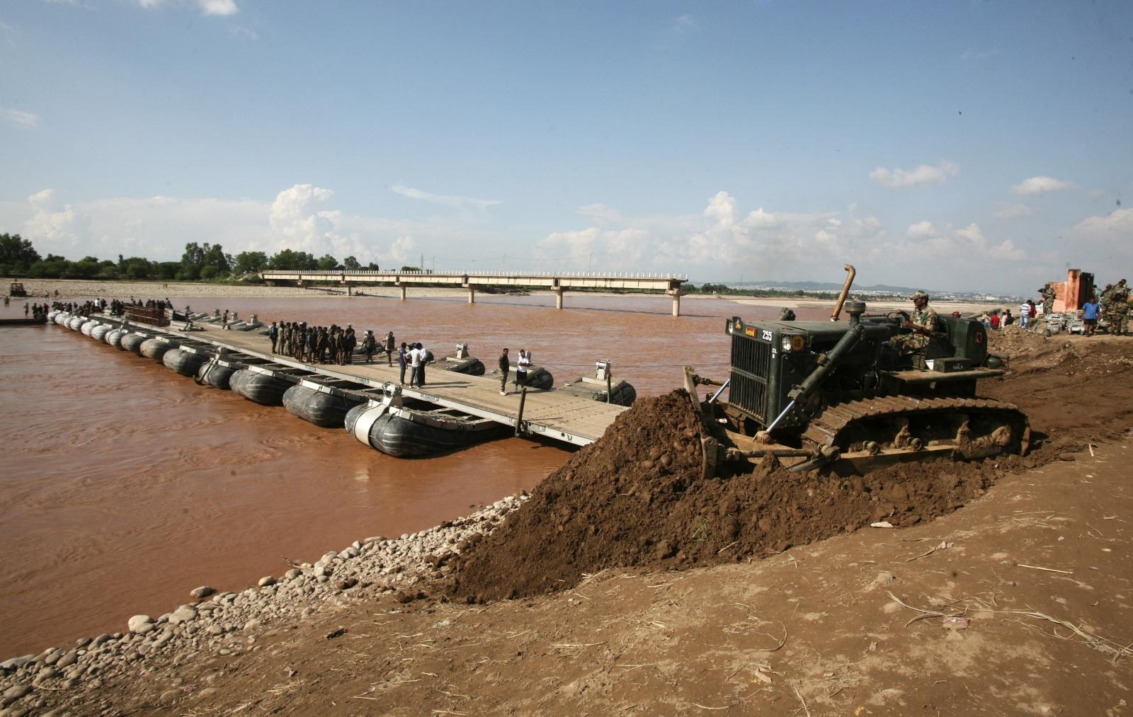 FLOODS.BRIDGE