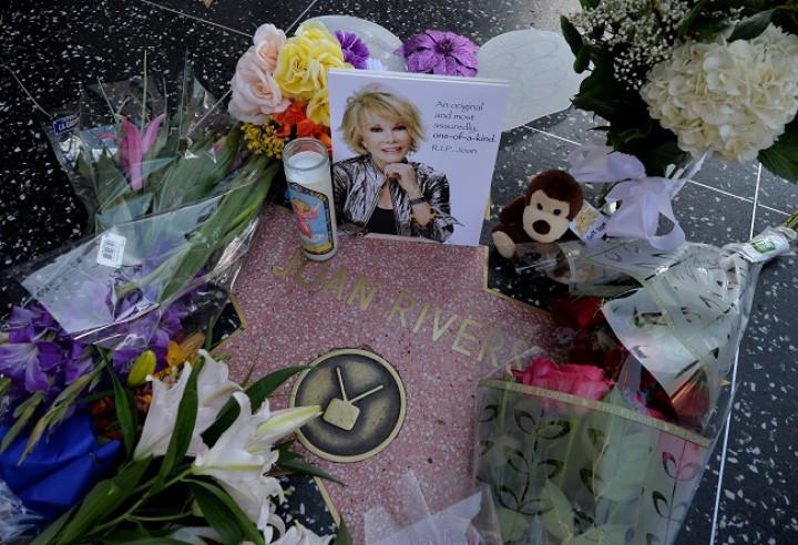 Joan Rivers Cardiac Arrest: 'Star Had Unplanned Biopsy by