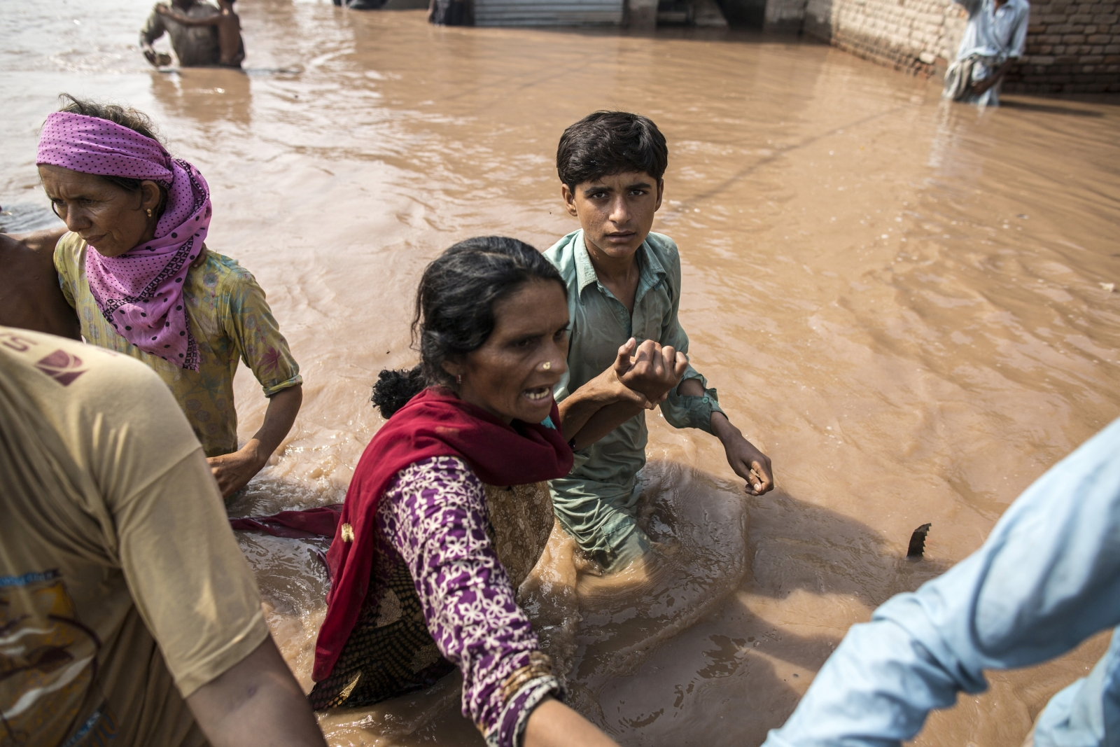 India Floods Leave Thousands Stranded