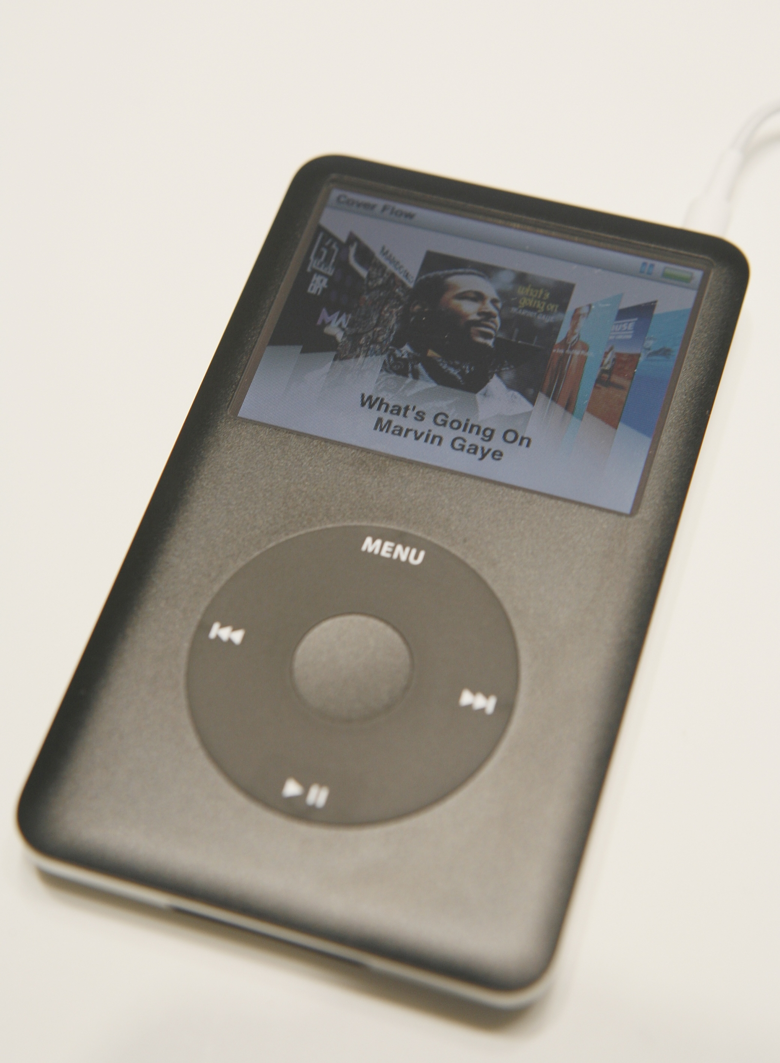 The upgraded Apple iPod Classic is seen during it unveiling in San Francisco, California September 5, 2007. REUTERS/Robert Galbraith (UNITED STATES)