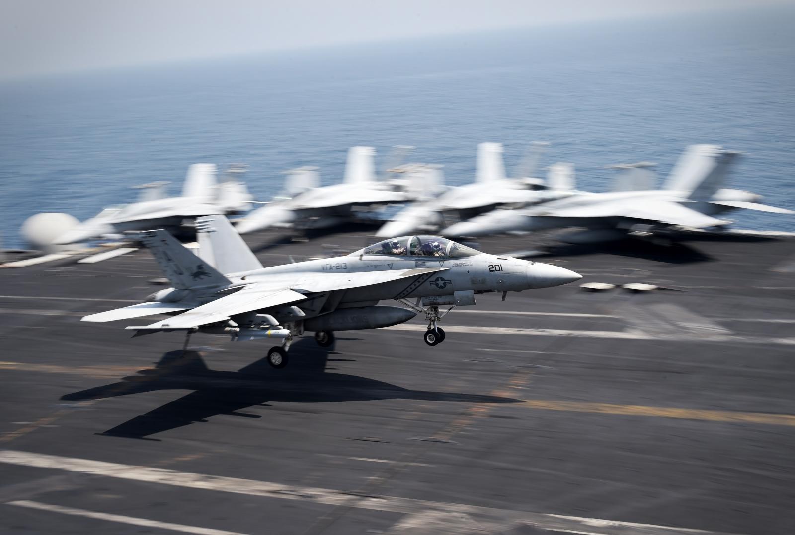 US Navy Fighter Jets Crash Pilot Missing Pacific Ocean  F/A-18C