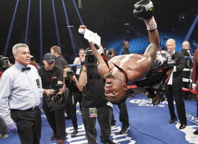 Boxer James De La Rosa Backflip