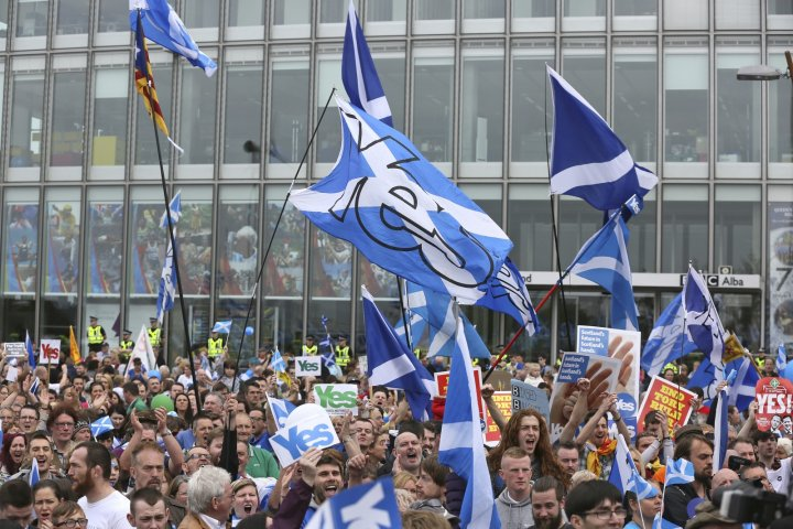 'Yes' campaign people gather for a rally outside the BBC in Glasgow, Scotland September 14, 2014.